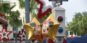 Mickey_and_Minnie_Balloons
